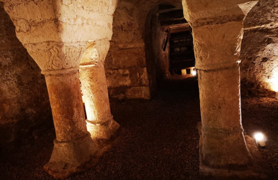 Crypte de l'église de Mainzac